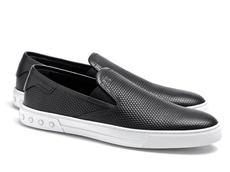 Tod's men's slip-ons sneakers in black Leather - Italian Boutique €209