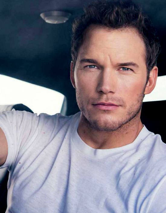 I recently discovered that I have a major attraction to Chris Pratt I mean look at this fine specimen omfg