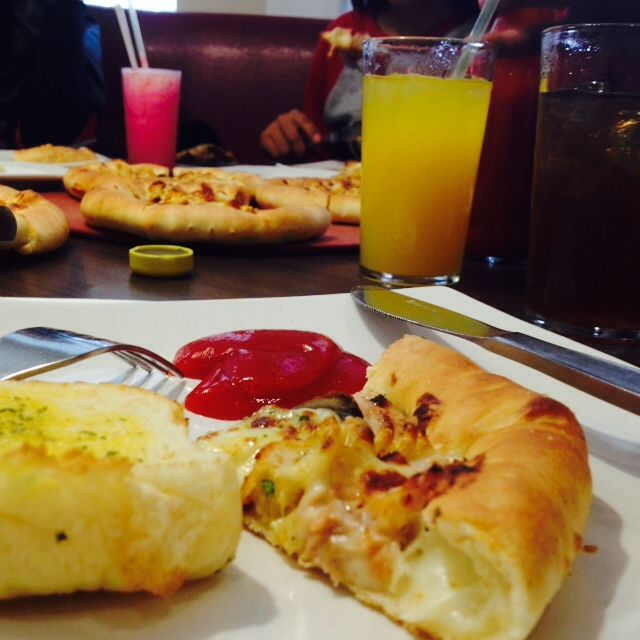 Pizza Hut (From Indonesia, East Borneo)