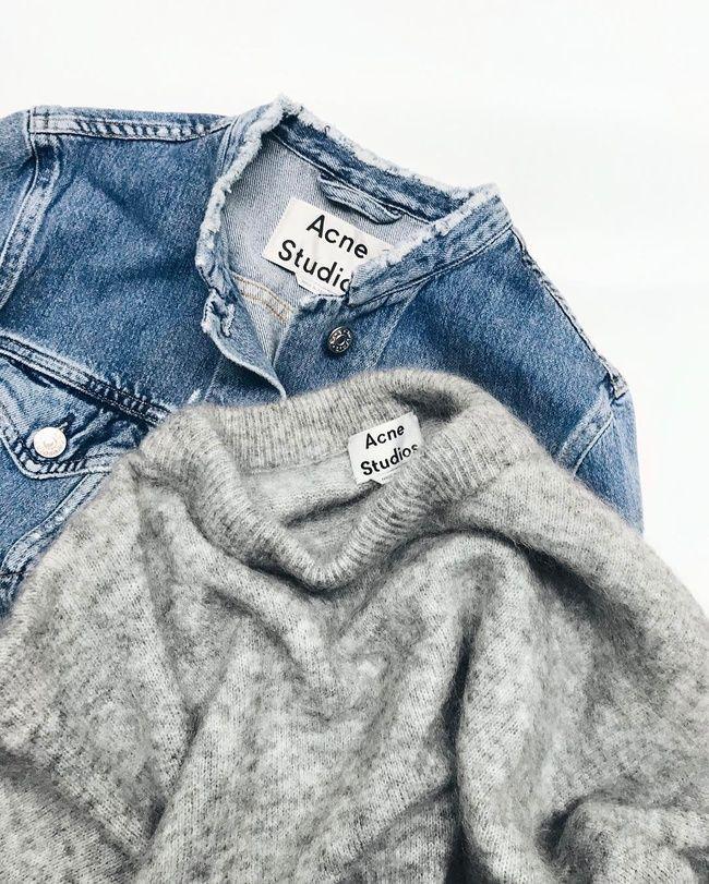 Ce printemps, il devrait être facile de transformer sa veste en jean en pièce Acne ! (photo Mija)