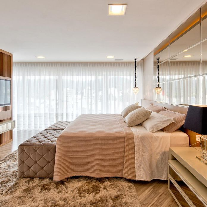Quarto de casal com tapete Felpudo de Espaço do Traço Arquitetura - 105180 no Viva Decora