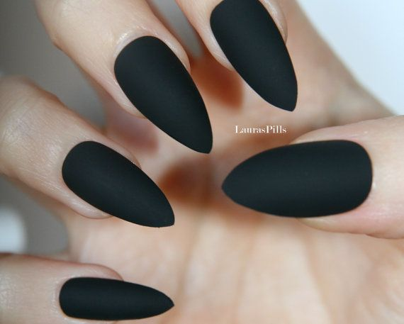 Matte Black Stiletto false nails! set of 20