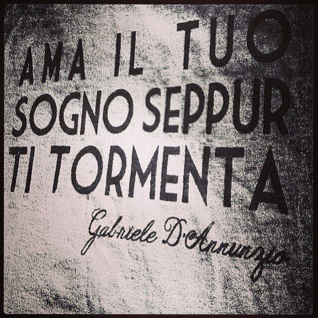 #CamilaRaznovich Camila Raznovich: Seppur ti tormenta...buongiorno! #mood #lifeinroma #love #beadreamer