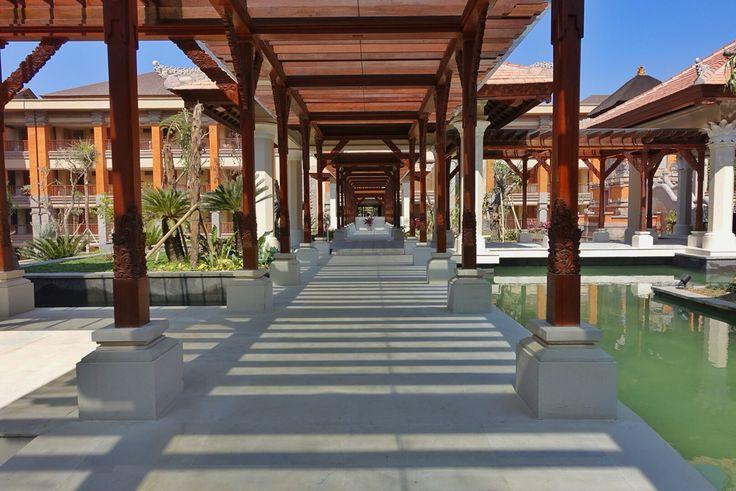 The pillars at Padma Resort Ubud.