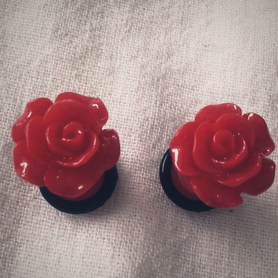 2g 6mm Plugs Red Ruffle Rose gauge piercing by Glamsquared on Etsy, $16.00