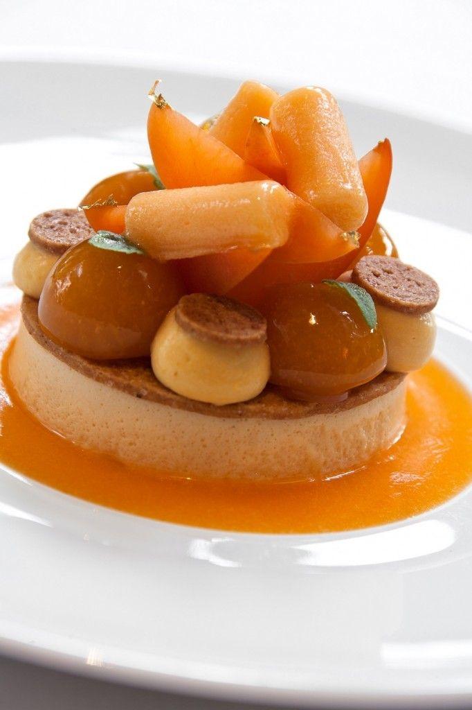 Art culinaire / Mousseline d'abricots frais au romarin - Le Laurent © Jérôme Mondière (1)