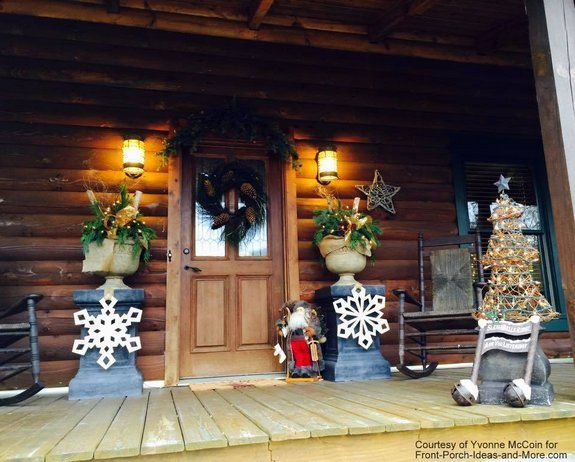 Outdoor Christmas Decorating Ideas For An Amazing Porch Outdoor Christmas Decorations Christmas Decorations Wreaths Christmas Porch