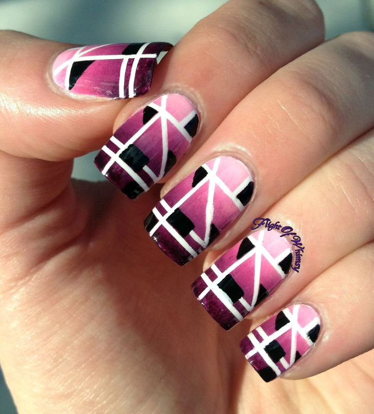 1000 ideas about art deco nails on pinterest abstract nail art matte lipsticks and nail art. Black Bedroom Furniture Sets. Home Design Ideas