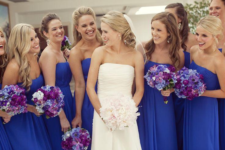 Blue bridemaid dresse, blue wedding