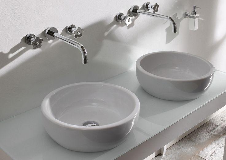 GIO' CRYSTAL, un punto luce per un bagno di classe