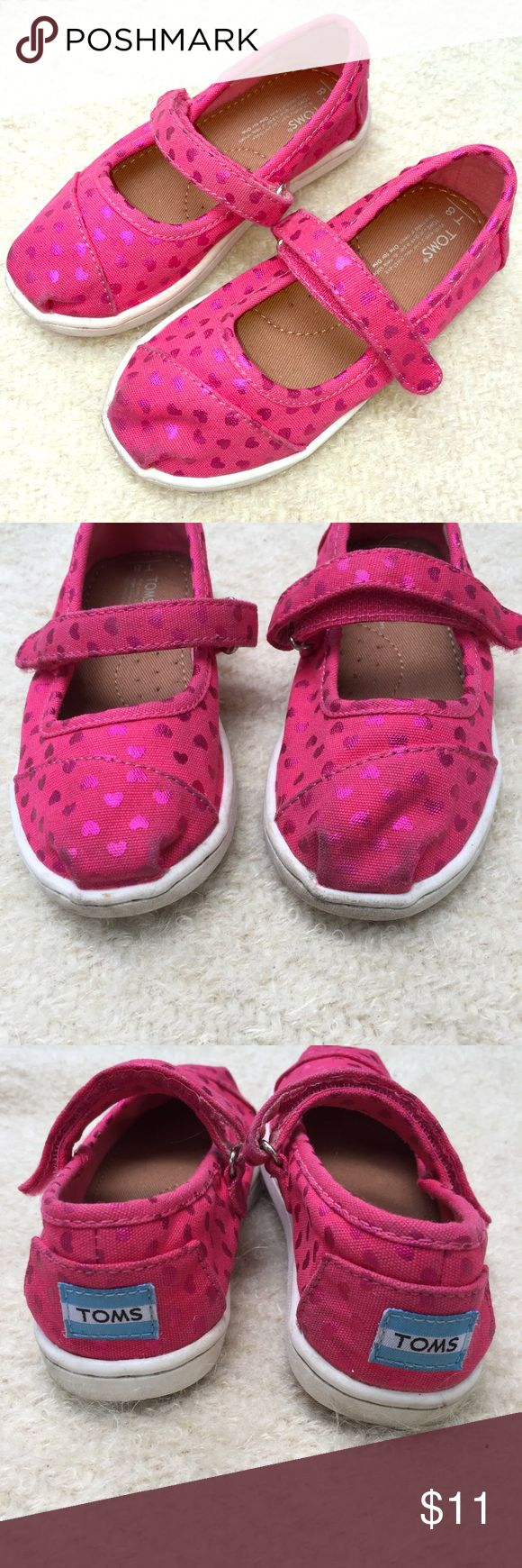 TOMS kids shoes Adorable Velcro TOMS brand kids shoes. Size 8. Pre-loved, but sturdy and super cute! Add to a bundle to receive a private discount offer with no obligation to buy. 🚫NO TRADES Toms Shoes
