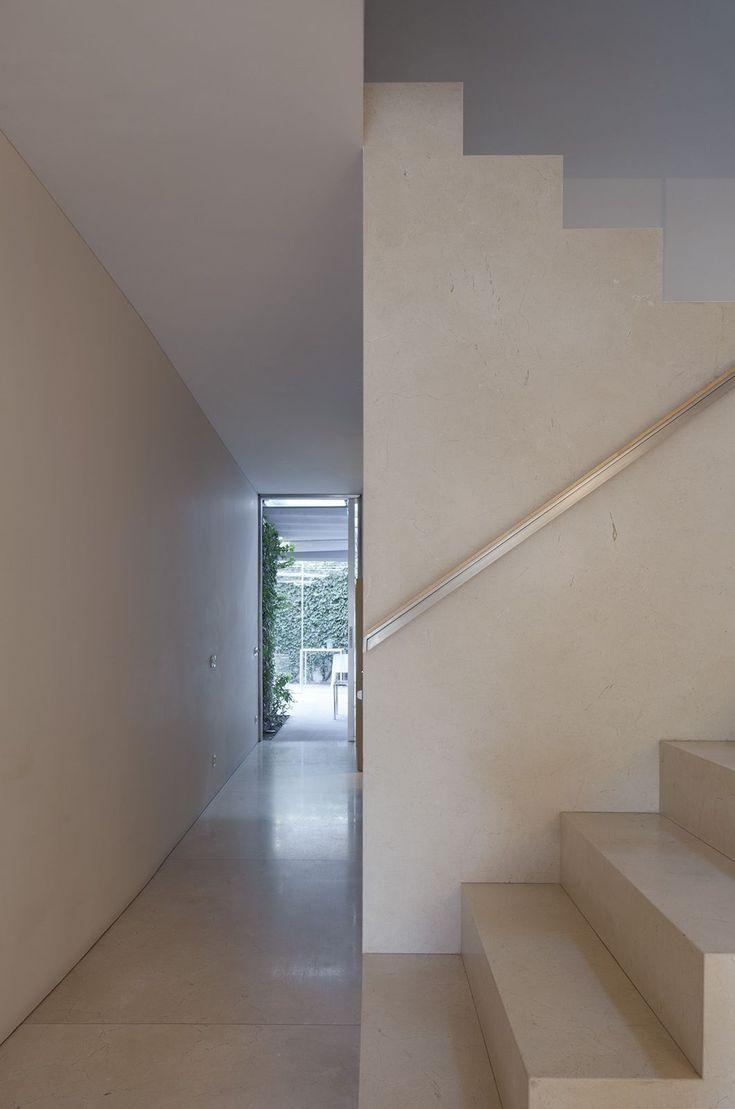 Souto de Moura . House refurbishment . Porto (14)