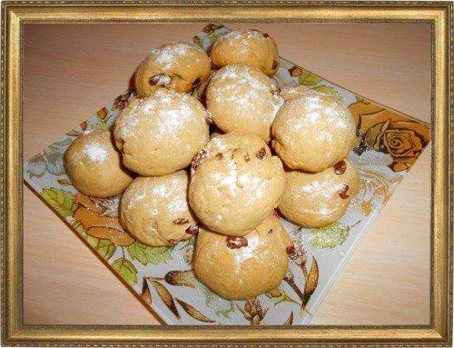 Кофейное печенье с изюмом.