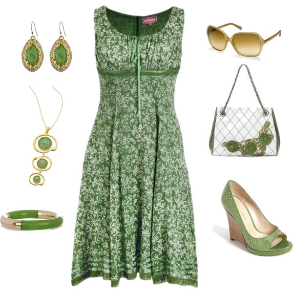 Love the dress wouldn't pair it with so much green accessories though