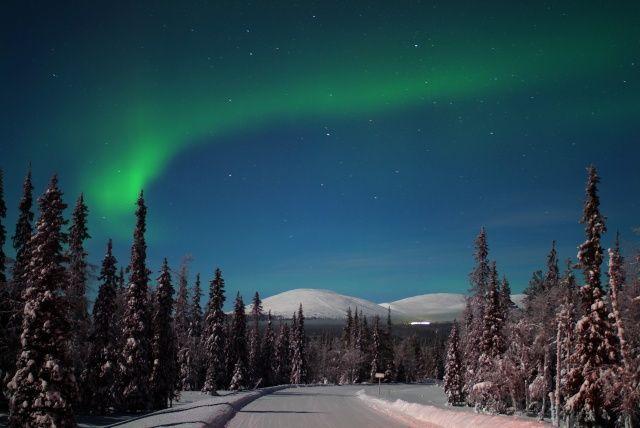 En Laponie, voir une aurore boréale