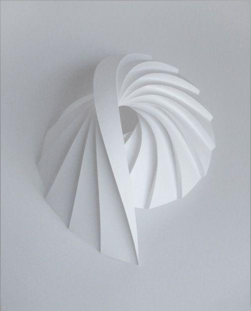 Dynamic Patterns Form Complex Geometric Paper Sculptures - My Modern Metropolis