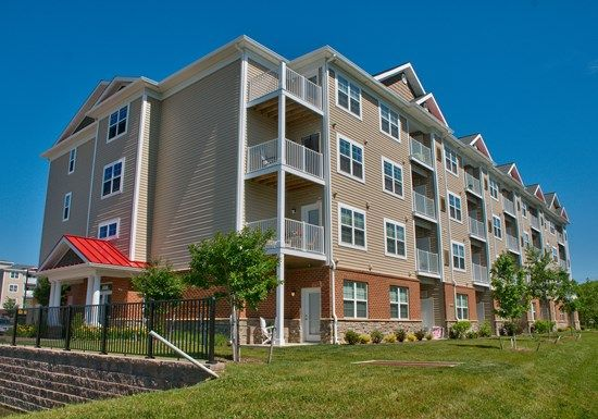 The Promenade at Red Apple Town Center Apartments