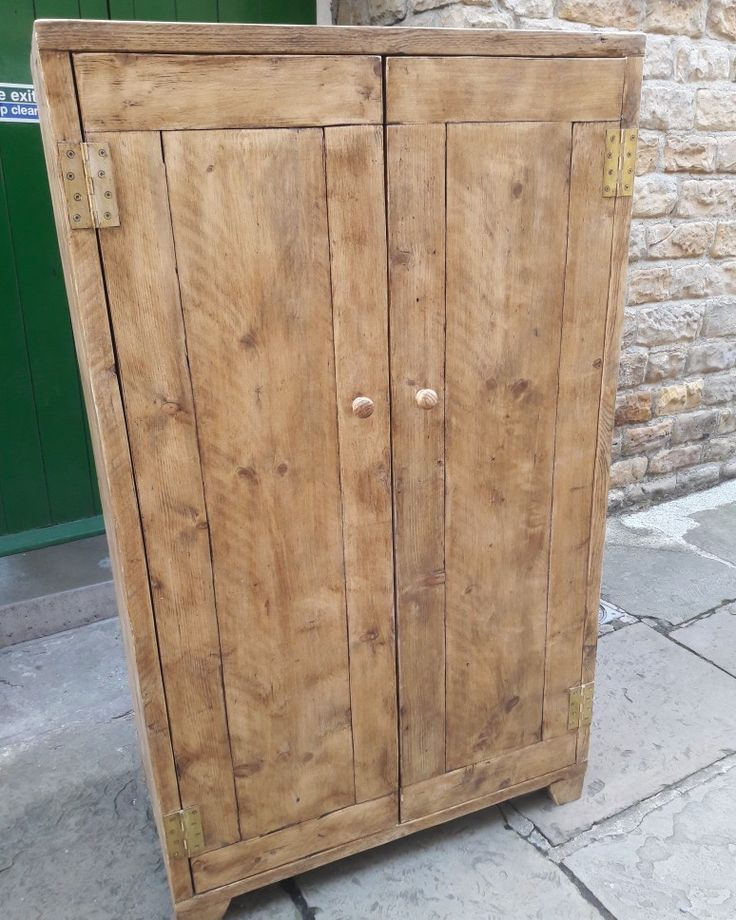 Wardrobe made from reclaimed scaffold boards on its way to ...