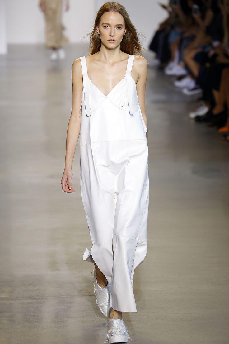 Calvin Klein Collection Spring 2016 Ready-to-Wear Fashion Show - Elena Rei