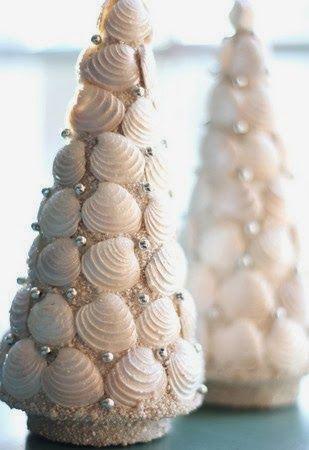 Seashell Christmas Trees l Beach Crafts - DIY Christmas Projects l www.CarolinaDesigns.com