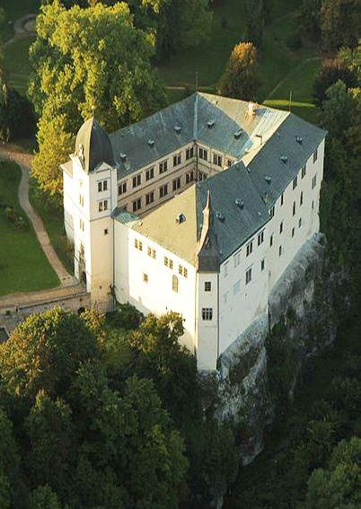 Hrubý Rohozec castle (East Bohemia), Czechia #castles #Czechia #Czechheritage…
