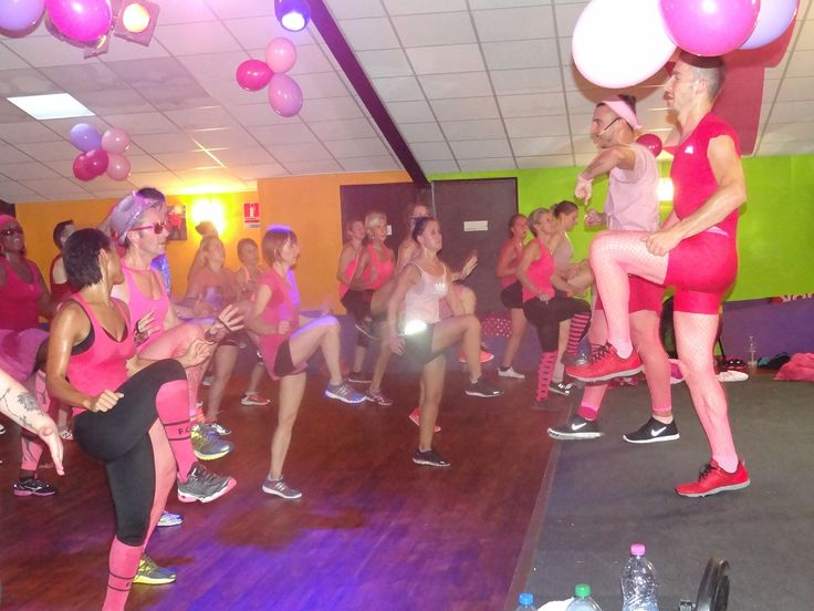 This colorful BODYATTACK™ team's all about the pink!