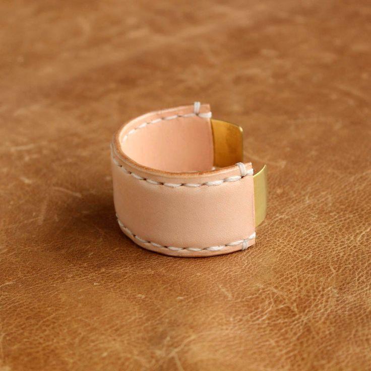 Hender Scheme - not lying jewelry bangle M #natural/brass