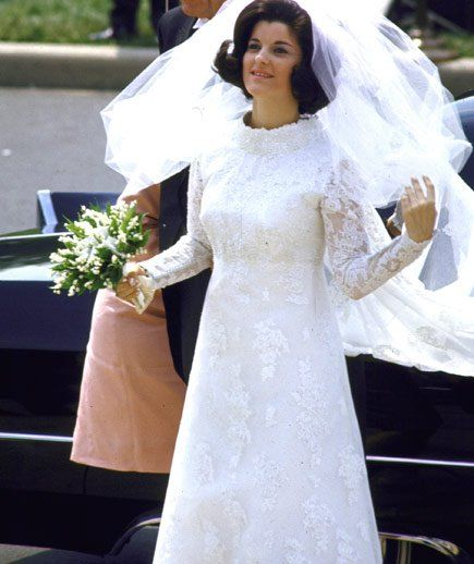 love this vintage Priscilla of Boston gown that LBJ's daughter Lucy wore in 1966