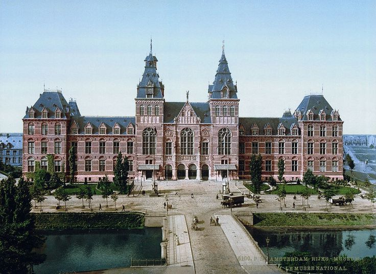 #Amsterdam around 1900: The Rijksmuseum (seen from the centre)
