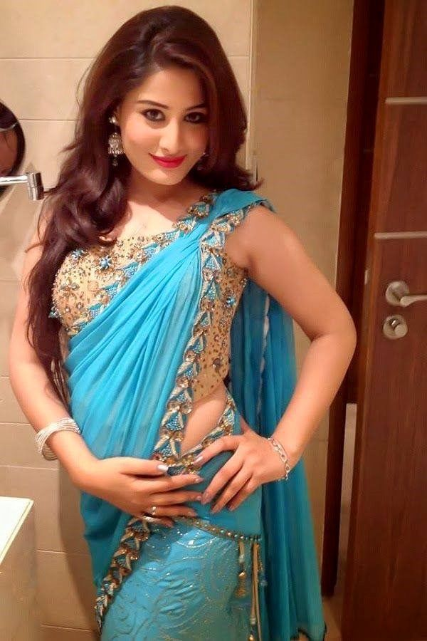 hot girl indian best 25 aunty photos without saree ideas on pinterest 2557