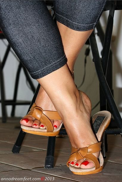 Sexy heelpopping feet shoeplay at council meeting - 3 part 8