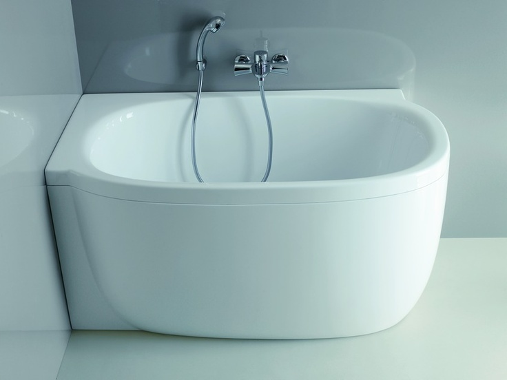 1000 images about small bath tub on pinterest small for Small baths 1100