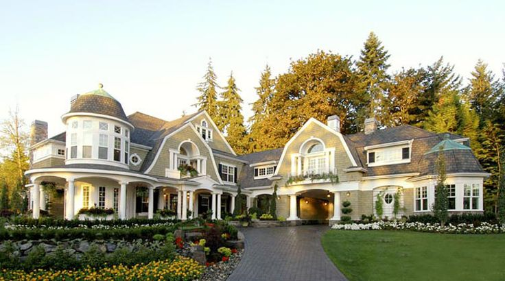 ive actually been in this house in seattle and its by far my ultimate dream home!!!!
