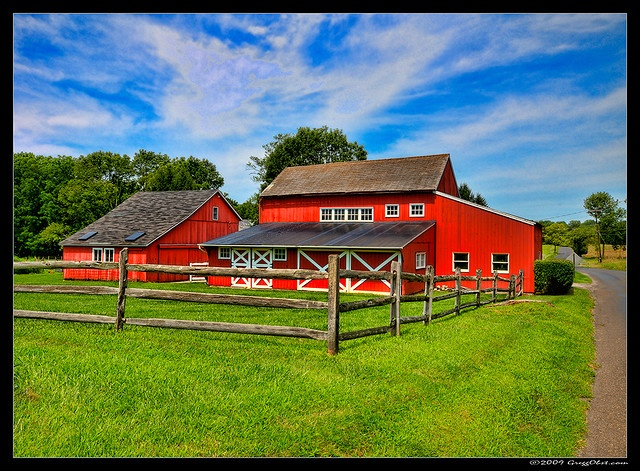 NJ red barn.