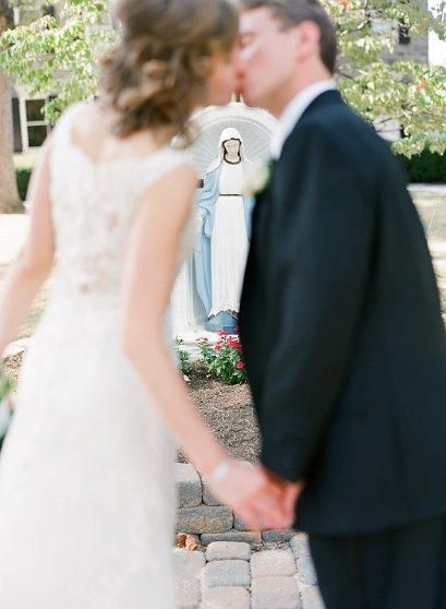 Catholic wedding. Great photo idea - in front of the Blessed Mother