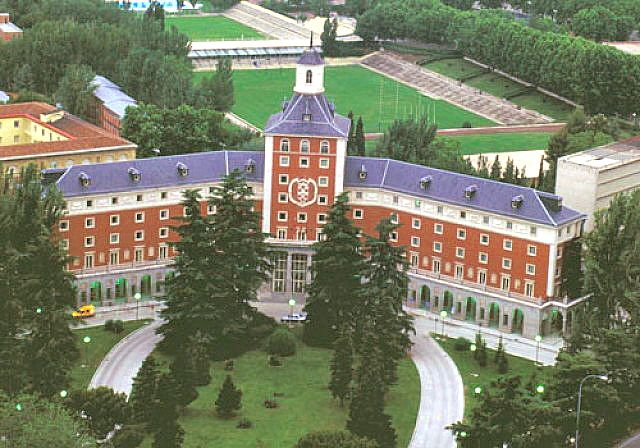 17 best images about ciudad universitaria madrid on for Universidad complutense de madrid arquitectura