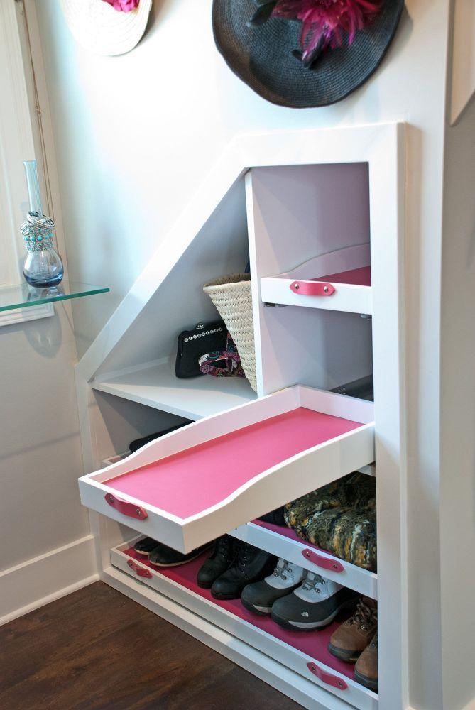 Best 25 dormer windows ideas on pinterest dormer loft Dormer closet ideas