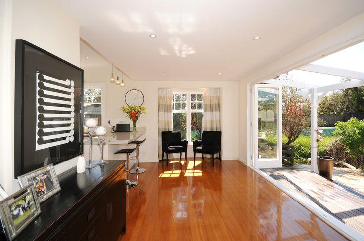 Sitting area, Wooden floors, bifold doors