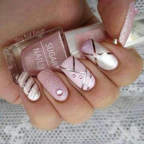 Lovely nails                                                                                                                                                                                 Más