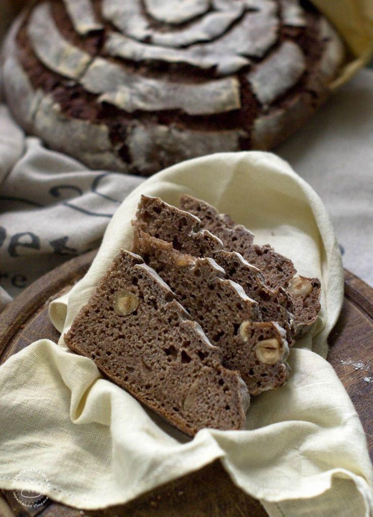 Pane di farro monococco con farina di castagne e nocciole