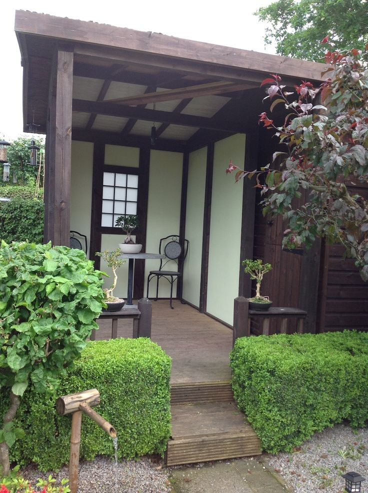 Japanese tea house with frames treated with shed fence for Japanese garden shed