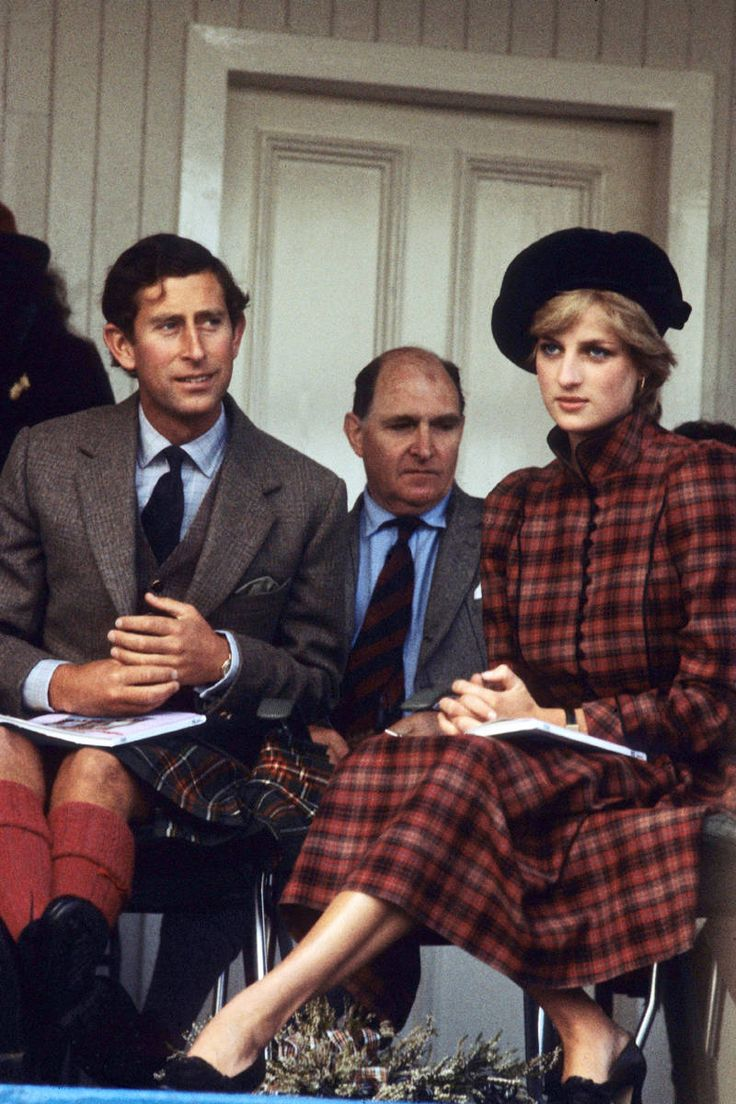 September 5, 1981:Prince Charles & Princess Diana go to the Highland games at Braemar, their first public outing together since their wedding.