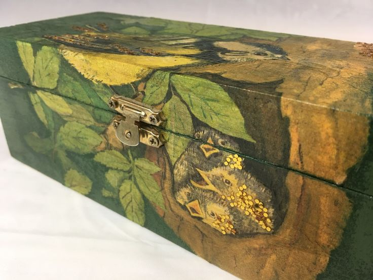 Birds in a Tree Tea Box | Creator's Image Studio