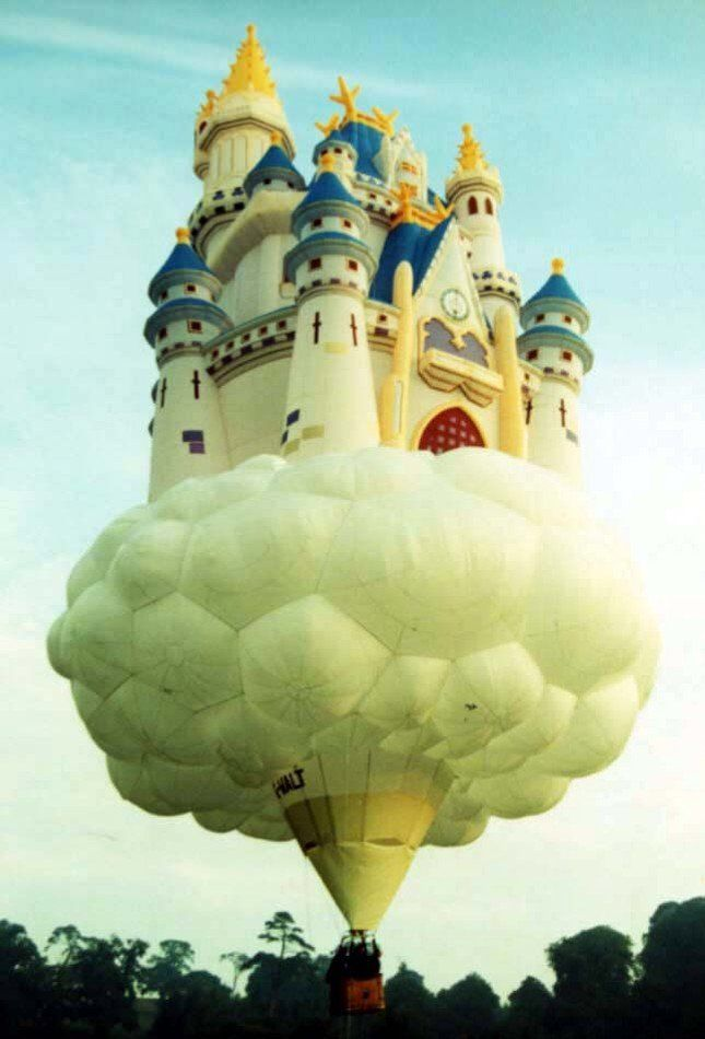 up, up and away,,,,,,what a great balloon!