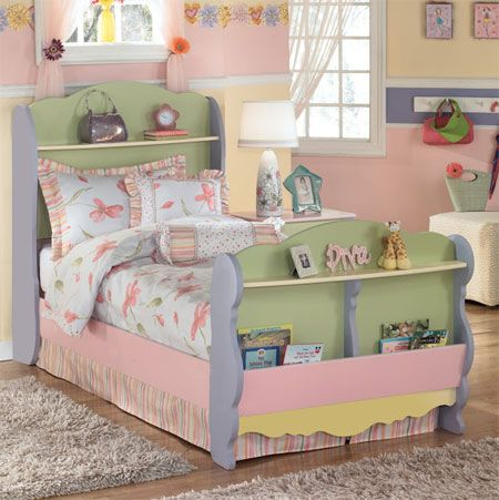 A client asked me to design and make this gorgeous cottage bed for her little girl. At first I was a bit wary of all the colours, but the end result really looked absolutely amazing. http://www.home-dzine.co.za/diy/diy-cottagebed.htm#