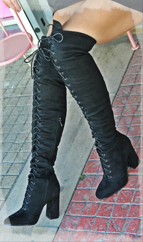 μποτα ψιλη σουετ πανω απο το γονατο με κορδονδιαθεσιμη σε μαυρη νουμερα 36-41 ΣΤΑ 50ΕΥΡΩ #fashionista #storiesforqueens #handmadecollection #handmade #fashion #μοδα #lovemyboots