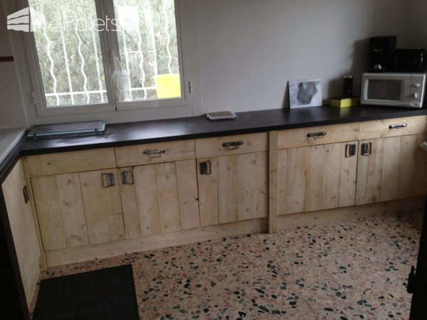 Kitchen Entirely Made From Repurposed Pallets Pallet Walls & Pallet Doors