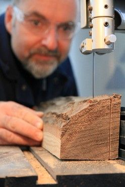 Steve addresses four main issues when working with the bandsaw.