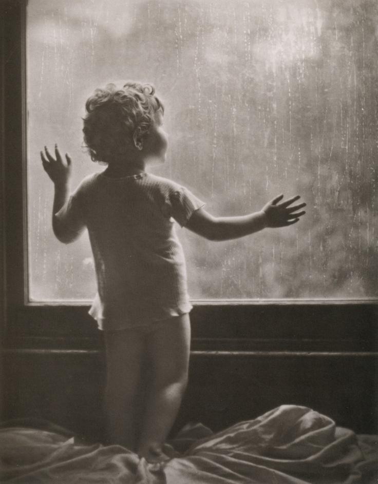 Rainy Day aka Dawn on a Rainy Day, Sydney, 1910 - by Harold Cazneaux