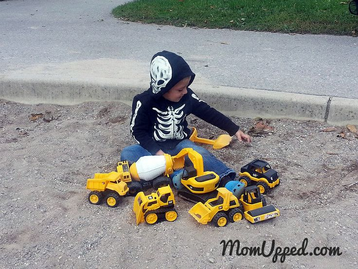 Ideas for summer fun - bring all their trucks to the park.   http://www.momupped.com/list-of-summer-ideas.html